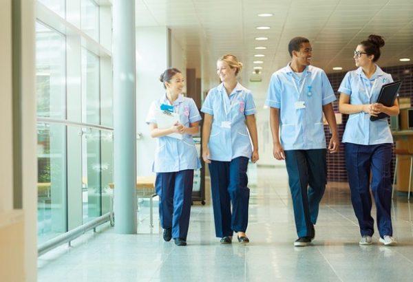 infirmiers etudiants